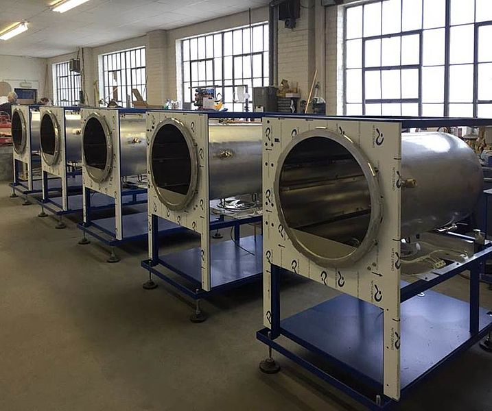 SWIFTLOCK AUTOCLAVE ASSEMBLY LINE